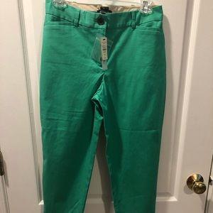 NWT Talbots 4p women's green Capri style pants.